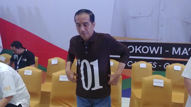 Elektabilitas Naik Kata Survei, Turun Versi Jokowi