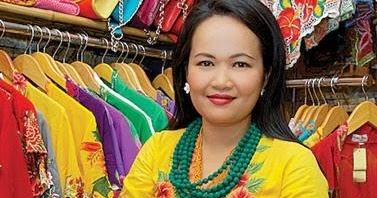 Vielga Wennida Memperkenalkan Kebaya Bordir Sumatera Barat Melalui