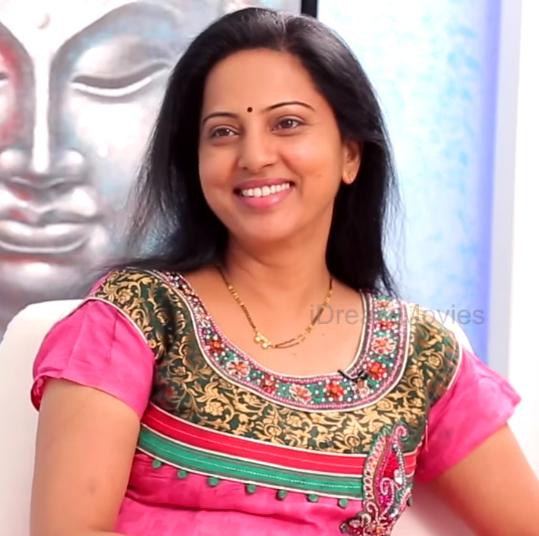 Actress Celebrities Photos: South Actress Yamuna Latest