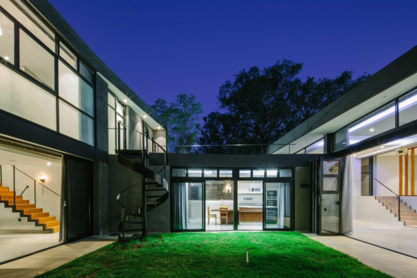 Granite House | MMA Design Studio