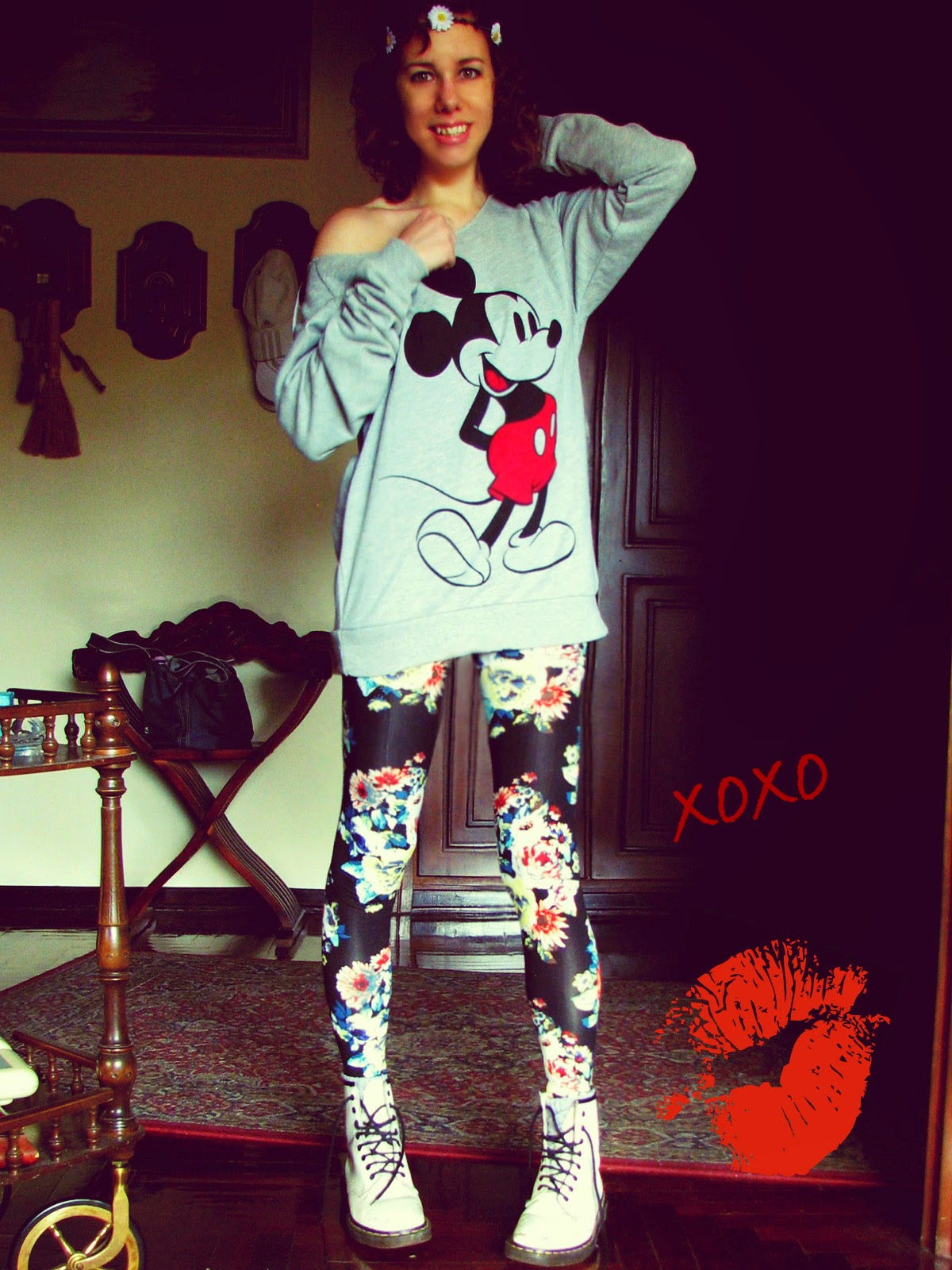 http://s-fashion-avenue.blogspot.it/2014/05/funny-prints-mickey-me.html