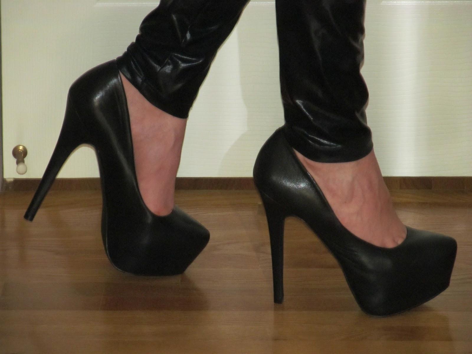 Me Wearing My Black Leather Steve Madden Dejavu Platform