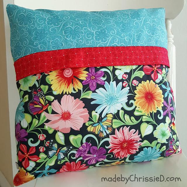 Meadow Dance Pillow Cushion Tute by www.madebyChrissieD.com