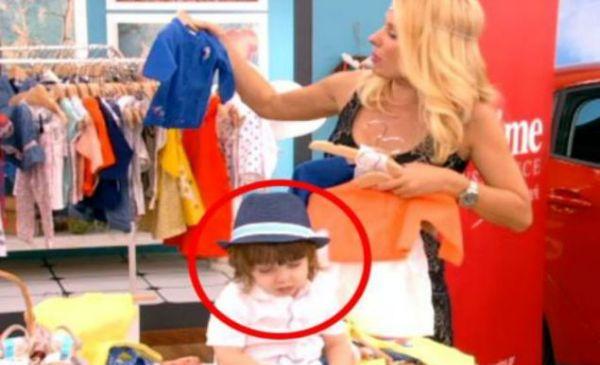 Δεν ξανάγινε: Μωράκι αποκοιμήθηκε στην εκπομπή της Μενεγάκη! Η απίστευτη αντίδραση της Ελένης... (VIDEO)