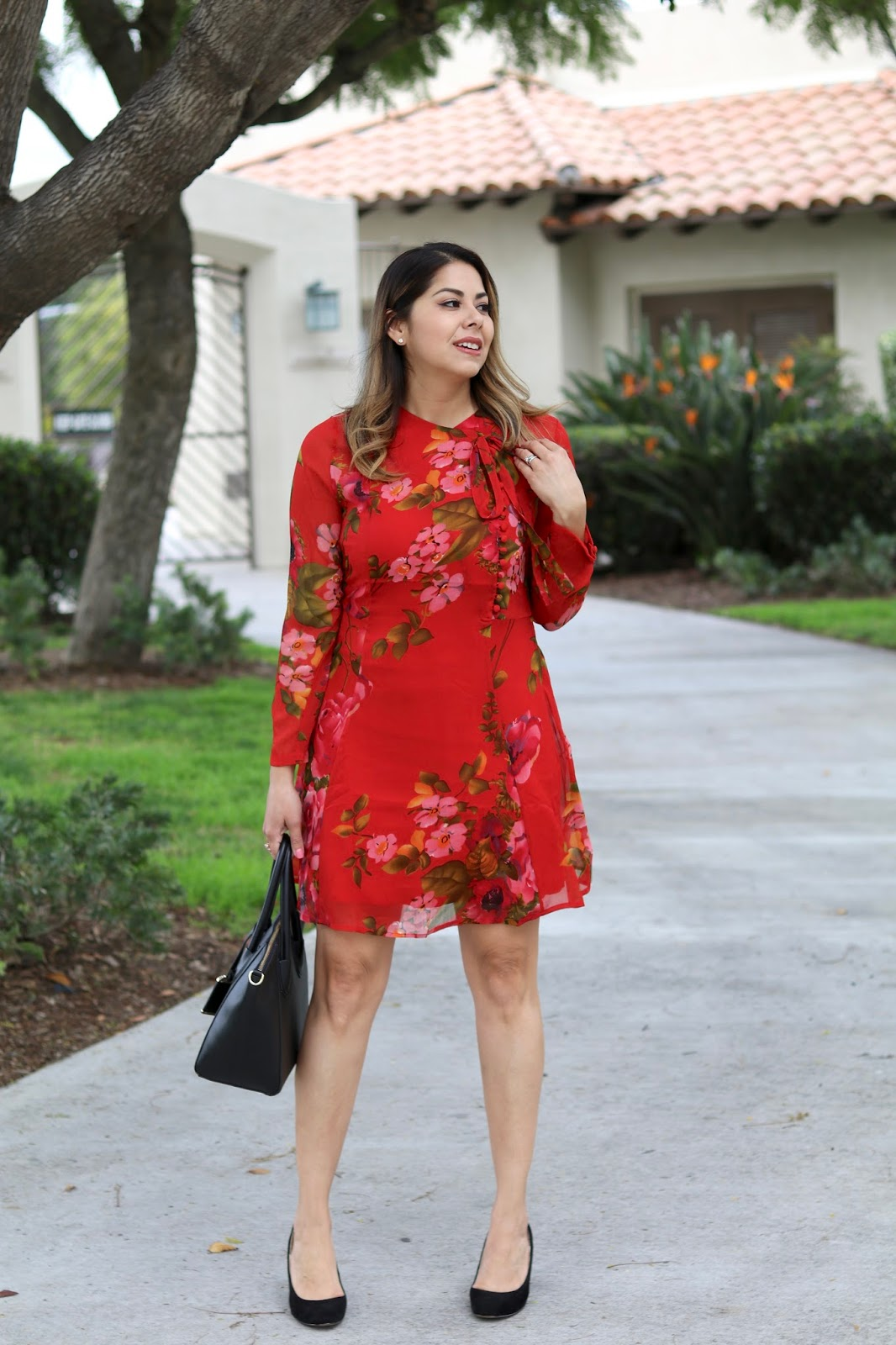 red chic floral dress, red and pink floral dress, what to wear to tea time