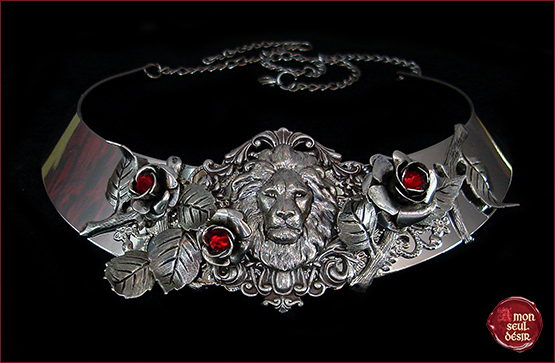 Collier La Belle et la Bete Rose Rouge Amour Conte de fees Necklace Beauty and the Beast Fairytale Once Upon a Time Jewelry Lion Garden or Roses True Love Red Roses
