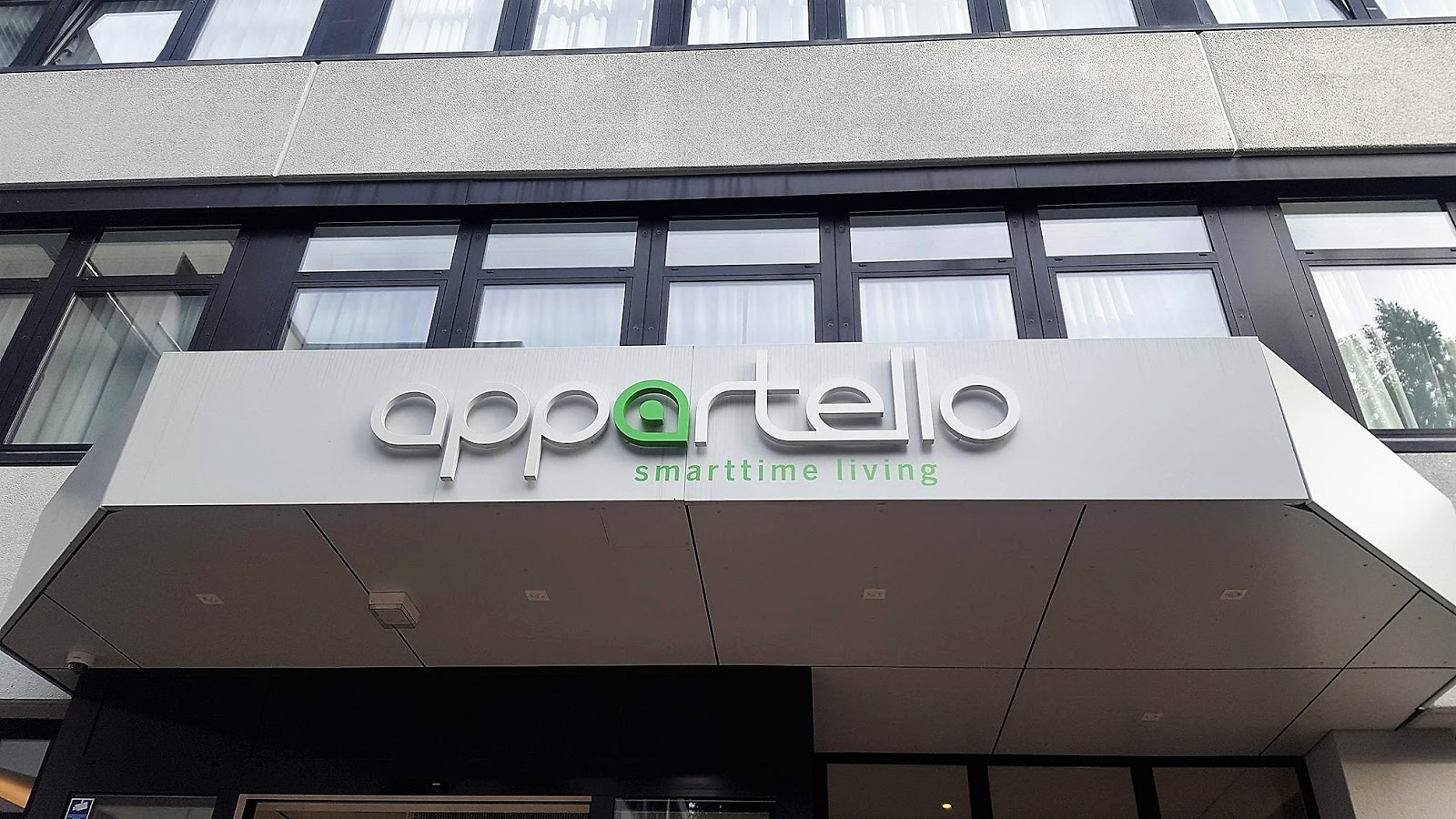 I Had Contacted The Appartello Prior To Our Stay, To Ask Whether It Would  Be Ok To Drop Our Bags Off, Before Heading Into The City To Explore, ...