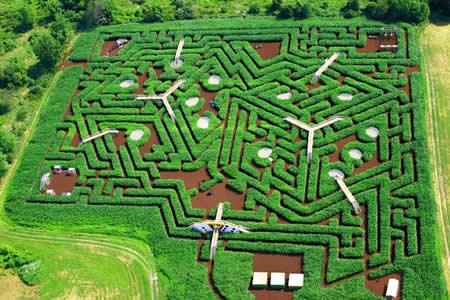 Labirin Amerika (USA) ; http://id.faktaunik.dorar.info/