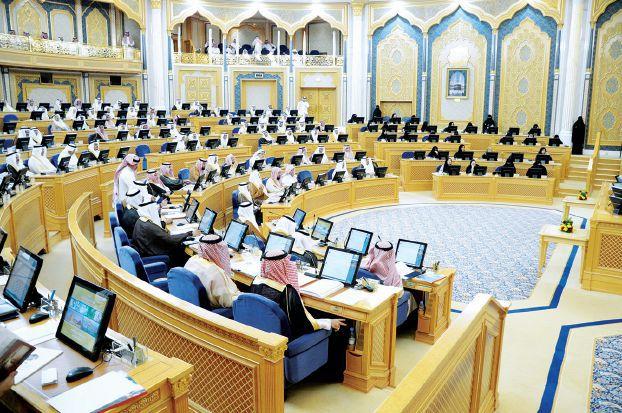 نائب سعودي يقترح فرض رسوم لإزالة القمامة من المنازل
