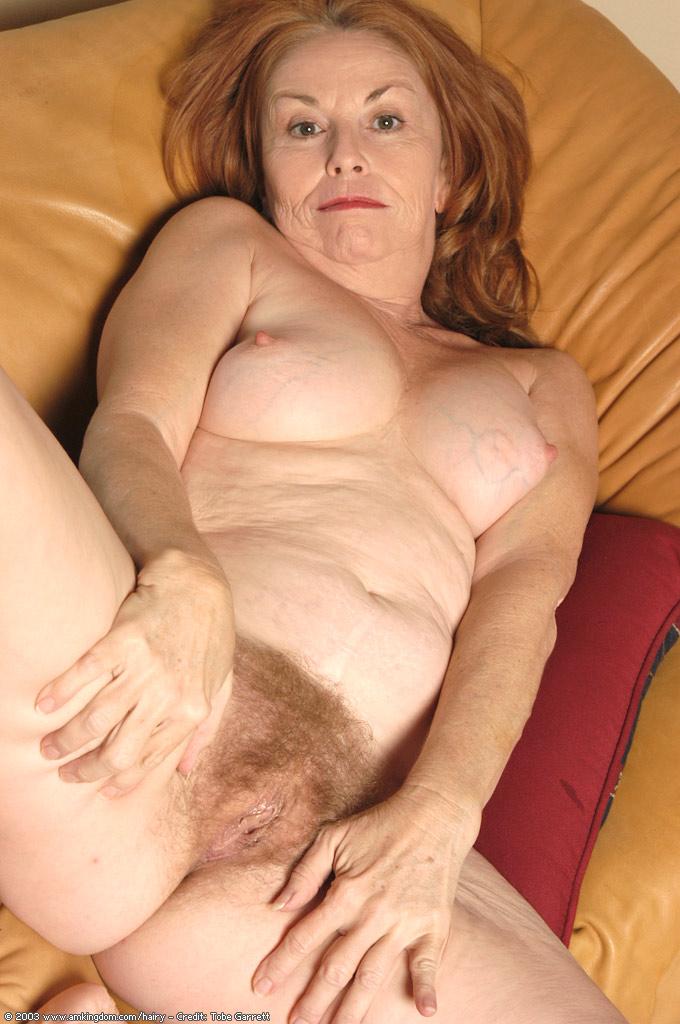 Старая баба голая фото