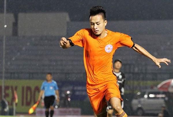 Tiền vệ Võ Huy Toàn CLB SHB Đà Nẵng