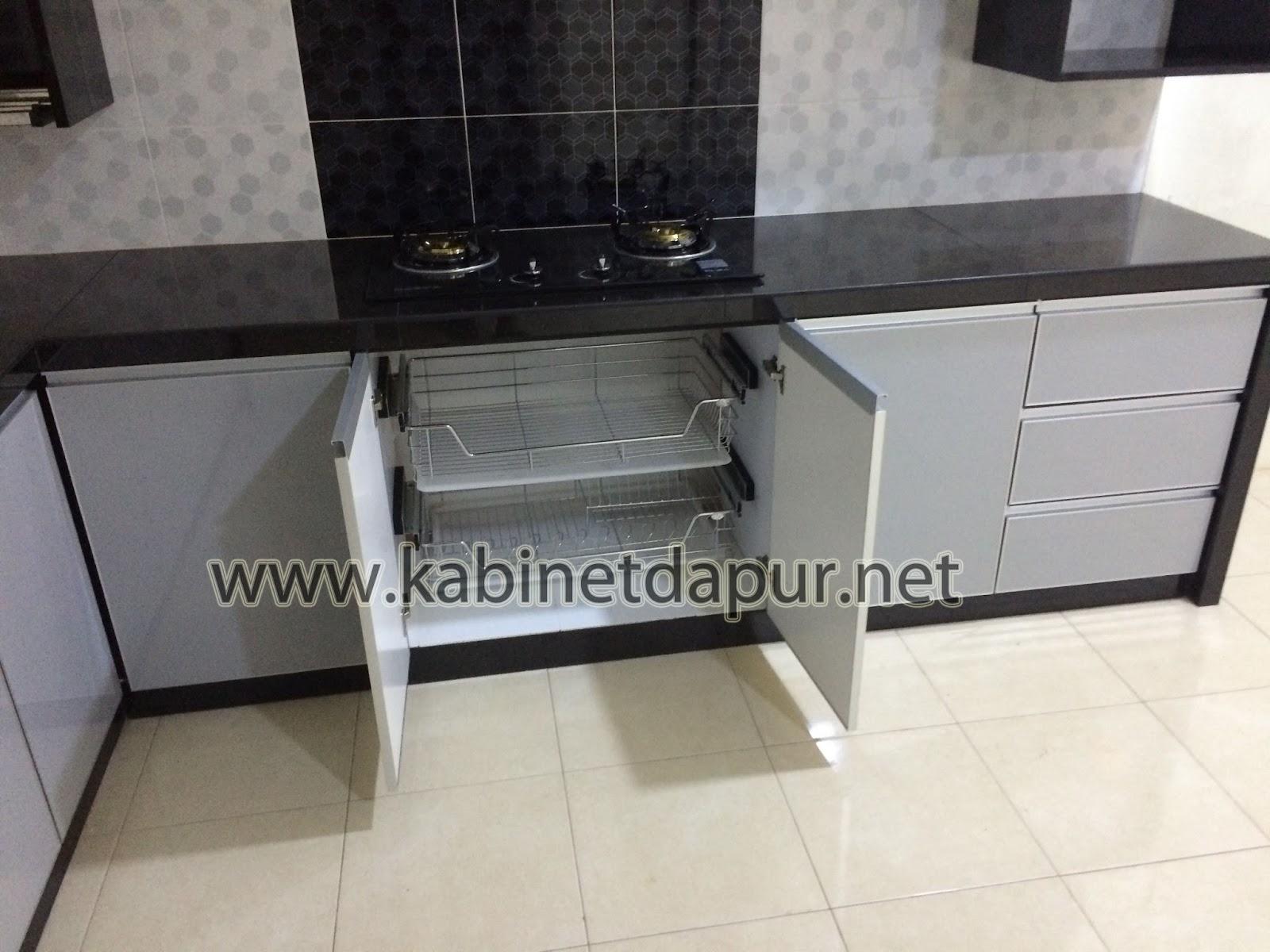 Alammualai Ini Projek Kabinet Dapur Kami Yg Terbaru Bulan Disember 2017 Table Top Konkrit Kemasan Mozek 2 Kaki Pintu Material Formika