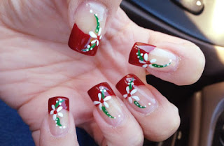 Easy Christmas Nail Art With Impressive Color Concept