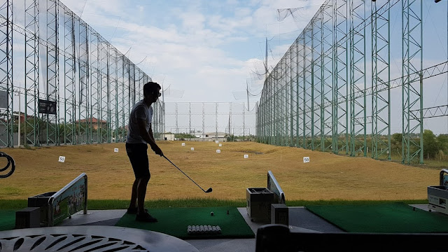 Golf no Premium Outlet de Ayutthaya.