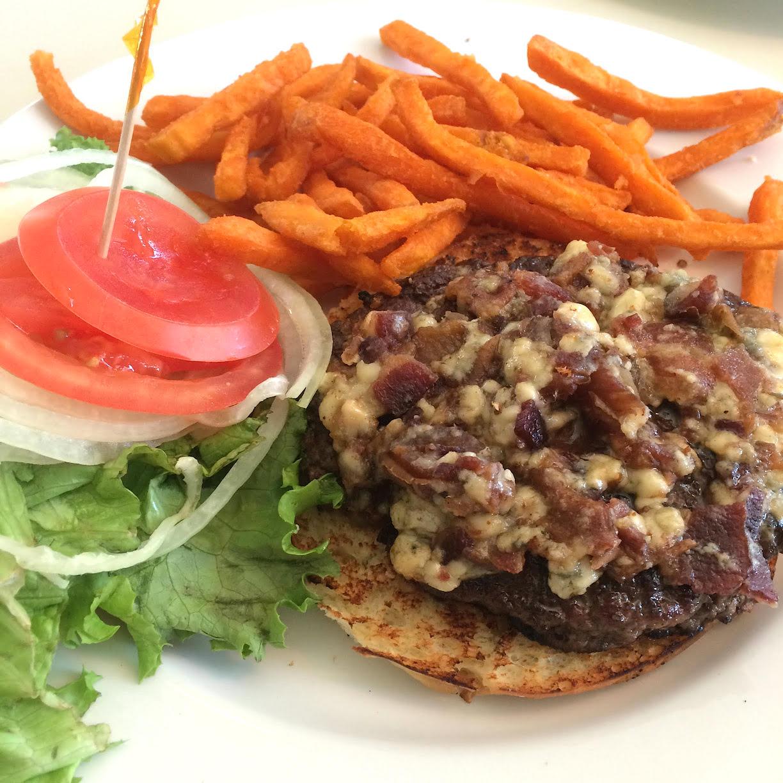 The dating burger dating美式餐廳, 靠北餐廳
