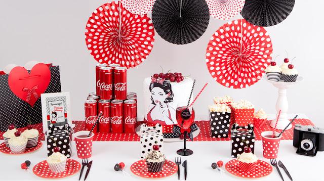 Impreza w stylu Pin-Up - jak zorganizować retro party?
