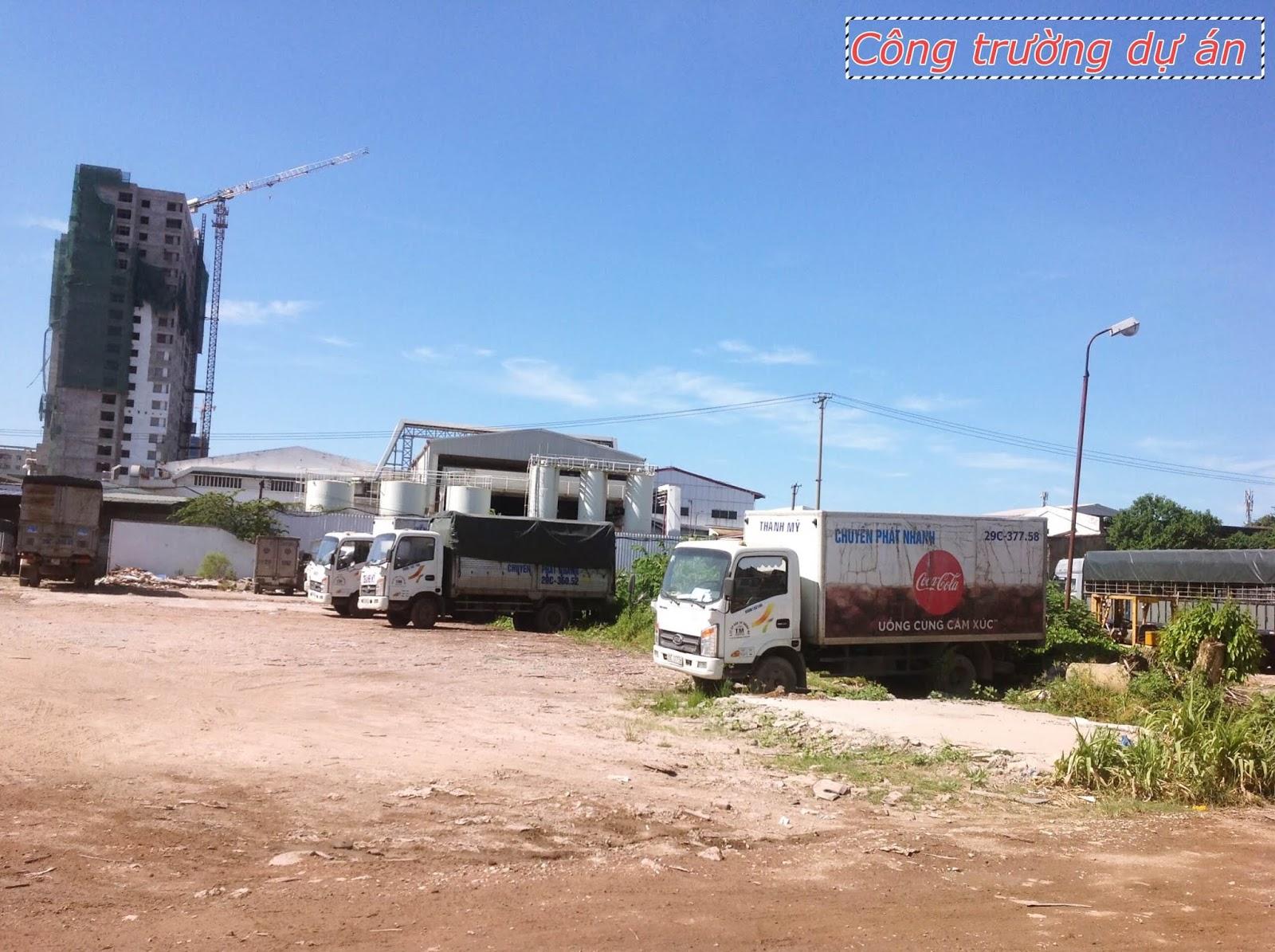 Công trường tại dự án Rose Town Hoàng Mai ngày 4/7/2018
