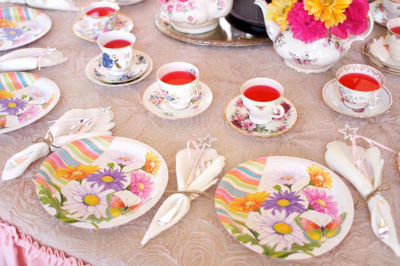 Teaparty: Garden Tea Party