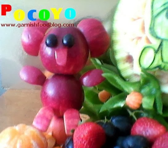 pocoyo fruit sculpture