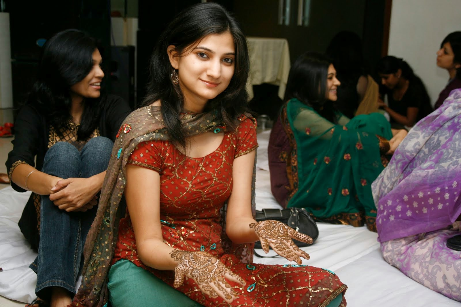 Pakistani Shadi And Marriage Hot Girls New Photos -6344