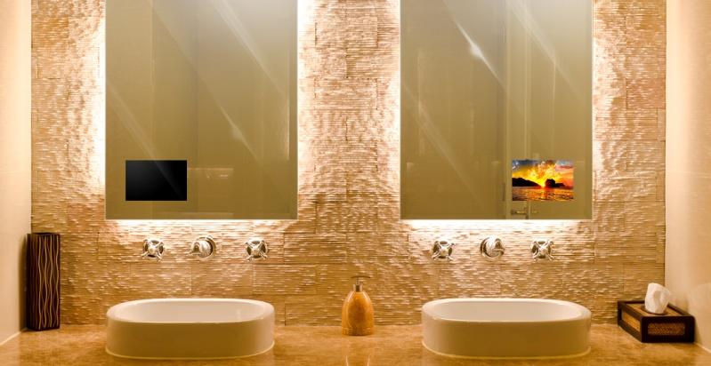 Miralay el espejo con television integrada for Modelos de banos modernos 2015