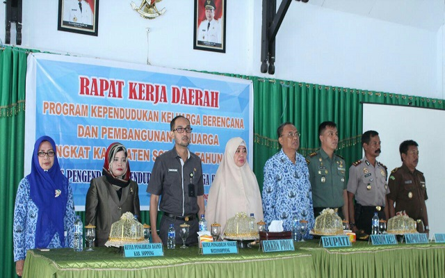 Rumuskan Strategi dan Kebijakan Program, DPPKB Soppeng Gelar Rakerda