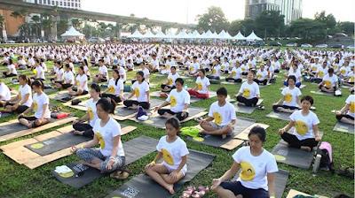 10k smiles yoga