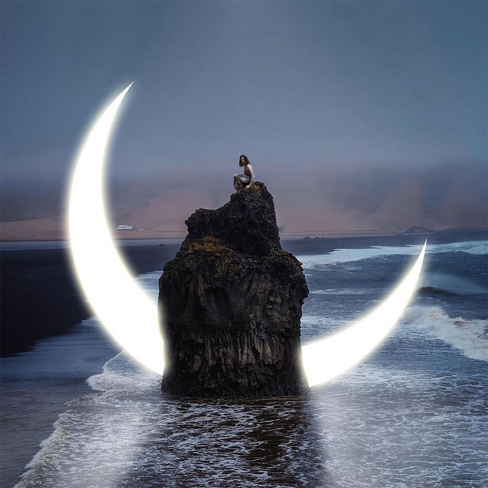 05-Moonlight-Ted-Chin-Surrealism-Explored-Through-Photography-www-designstack-co
