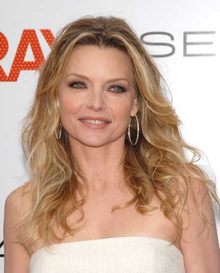 A New Life Hartz Curly Wedding Hairstyle: A New Life Hartz: Michelle Pfeiffer Hairstyles