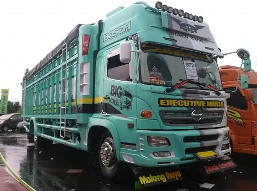 Gambar modifikasi truk hino lohan