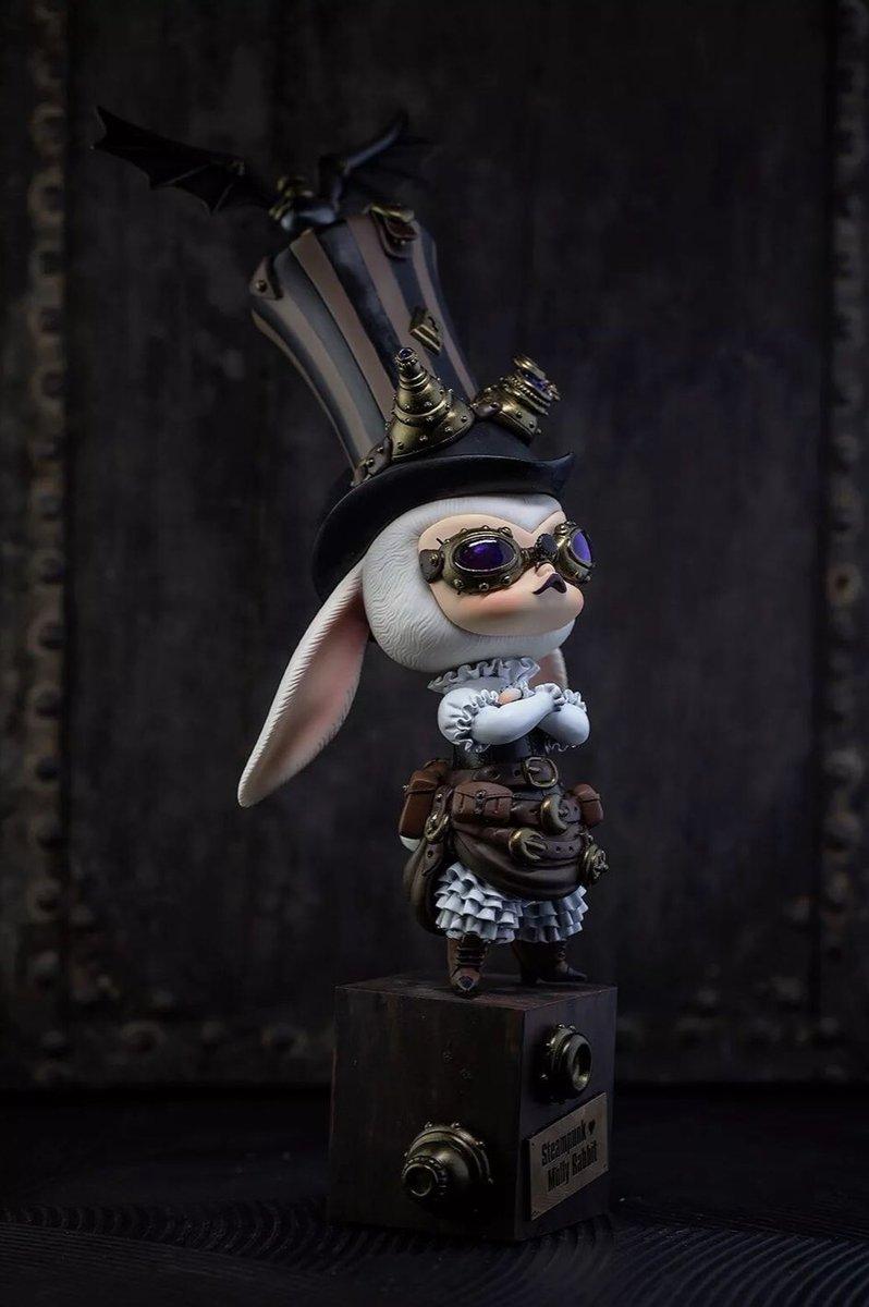 Steampunk MOLLY(s) by Kamaty Moon x Kenny Wong