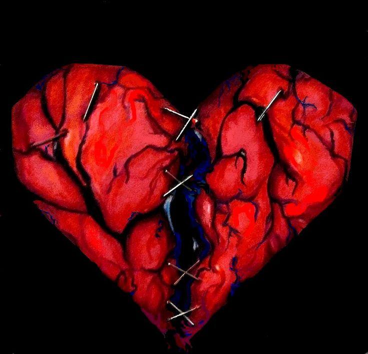 выкладывает соцсетях рваное сердце картинки мало очередь