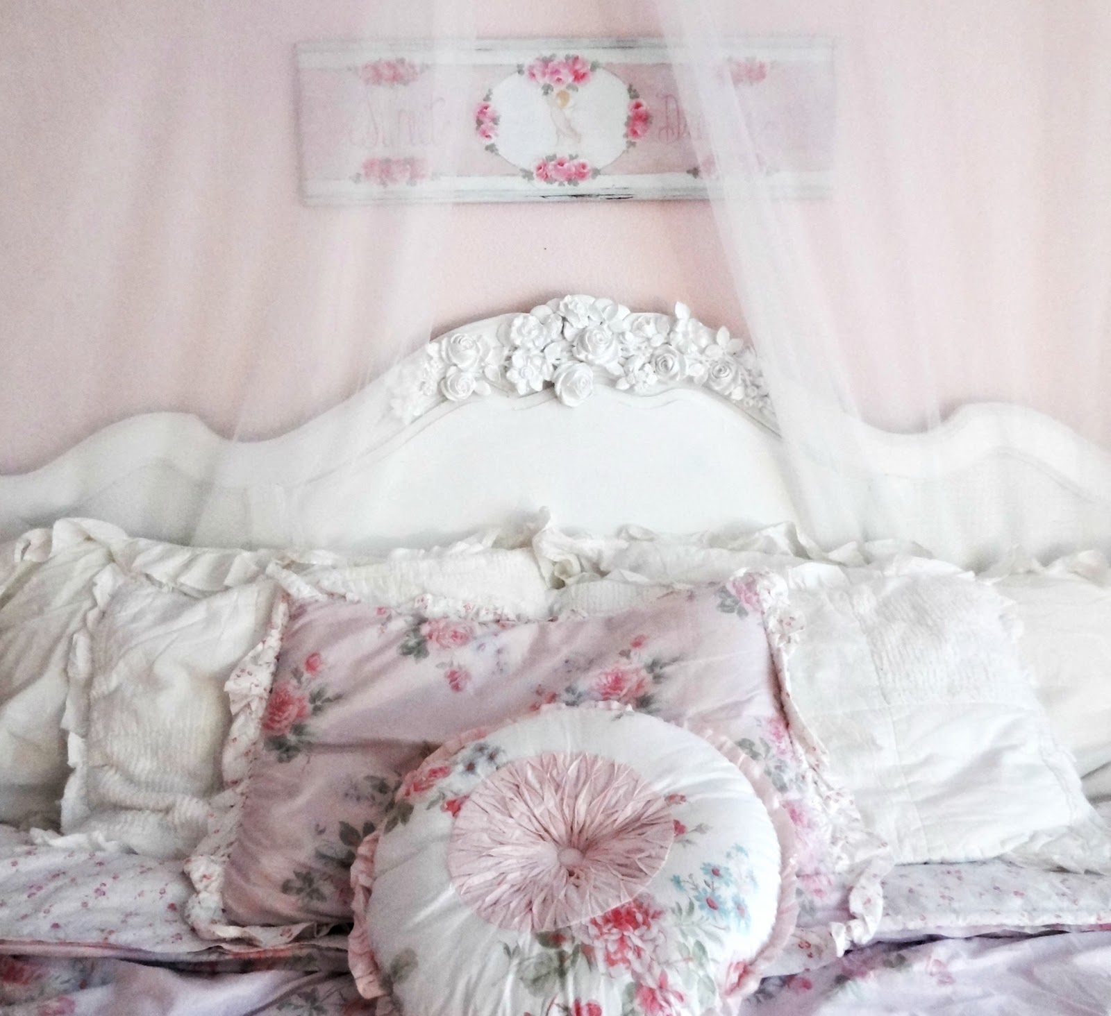 Shabby Chic Look Not So Shabby Shabby Chic Shabby Chic Style Headboard
