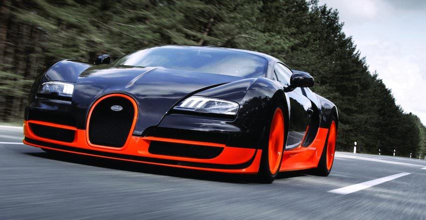 世界最速の車 「ブガッティヴェイロン16.4スーパースポーツ」
