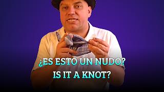 Es esto un nudo?, HANDKERCHIEF TRICKS, Is it a knot?