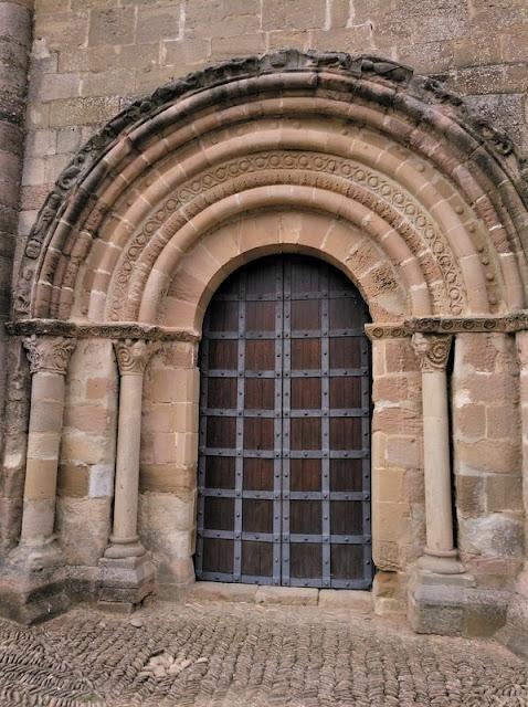 Santa Maria de Eunate - Puerta septentrional