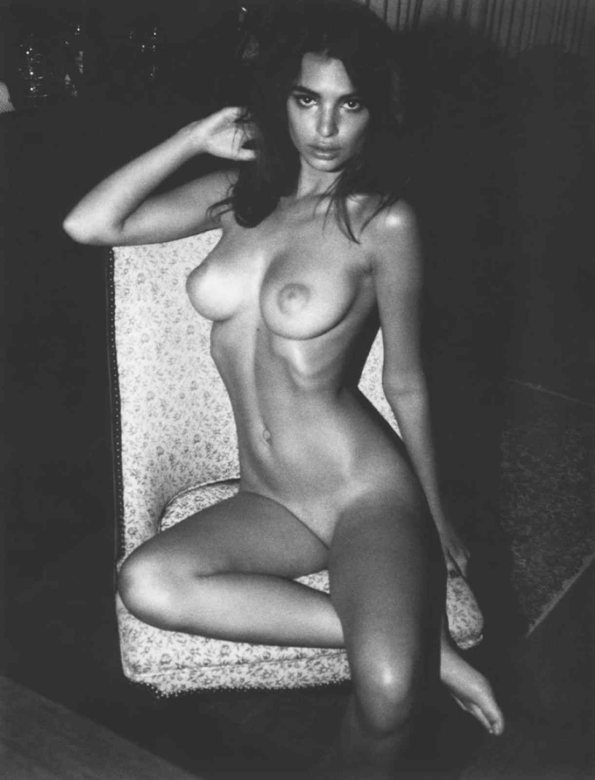 Ampliar Desnudos de Emily Ratajkowski - NENAS VIPS - PUTAS KINESIOLOGAS