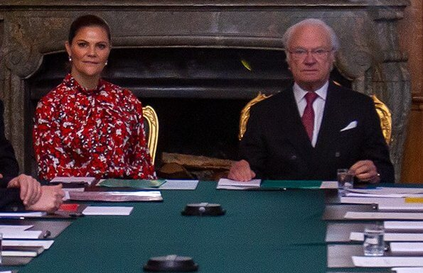 Crown Princess Victoria wore Dagmar Dora dress. House of Dagmar is a Swedish fashion brand. Advisory Council on Foreign Affairs
