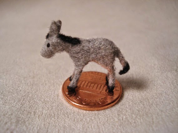 donkey bead made by Shelly of Ginko 305
