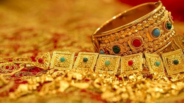 अक्षय तृतीया: सोना खरीदने का शुभ मुहूर्त, दस वर्ष बाद है ऐसा शुभ संयोग | AKSHAYA TRITIYA KA SUBH MUHURT
