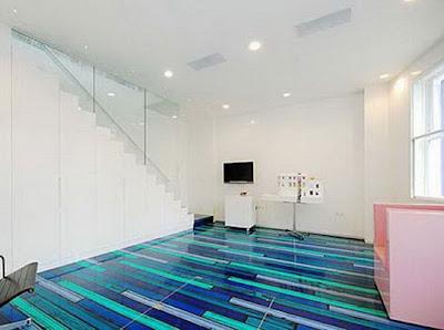 piso de resina con colores azules
