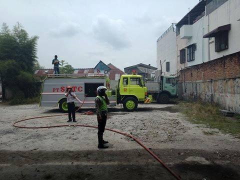 Di jalan Sriwijaya, 1 Rumah Hangus, Rumah Tukang Jahit Terselamatkan