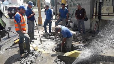 Aguas de Mérida está en la calle atendiendo botes del preciado líquido