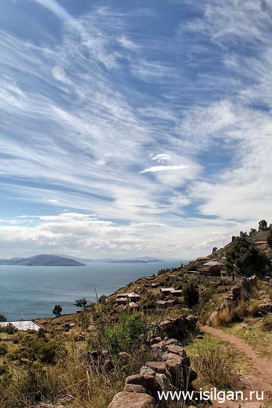 Ostrov-Takile-Taquile-Ozero-Titikaka-Lake-Titicaca-Peru
