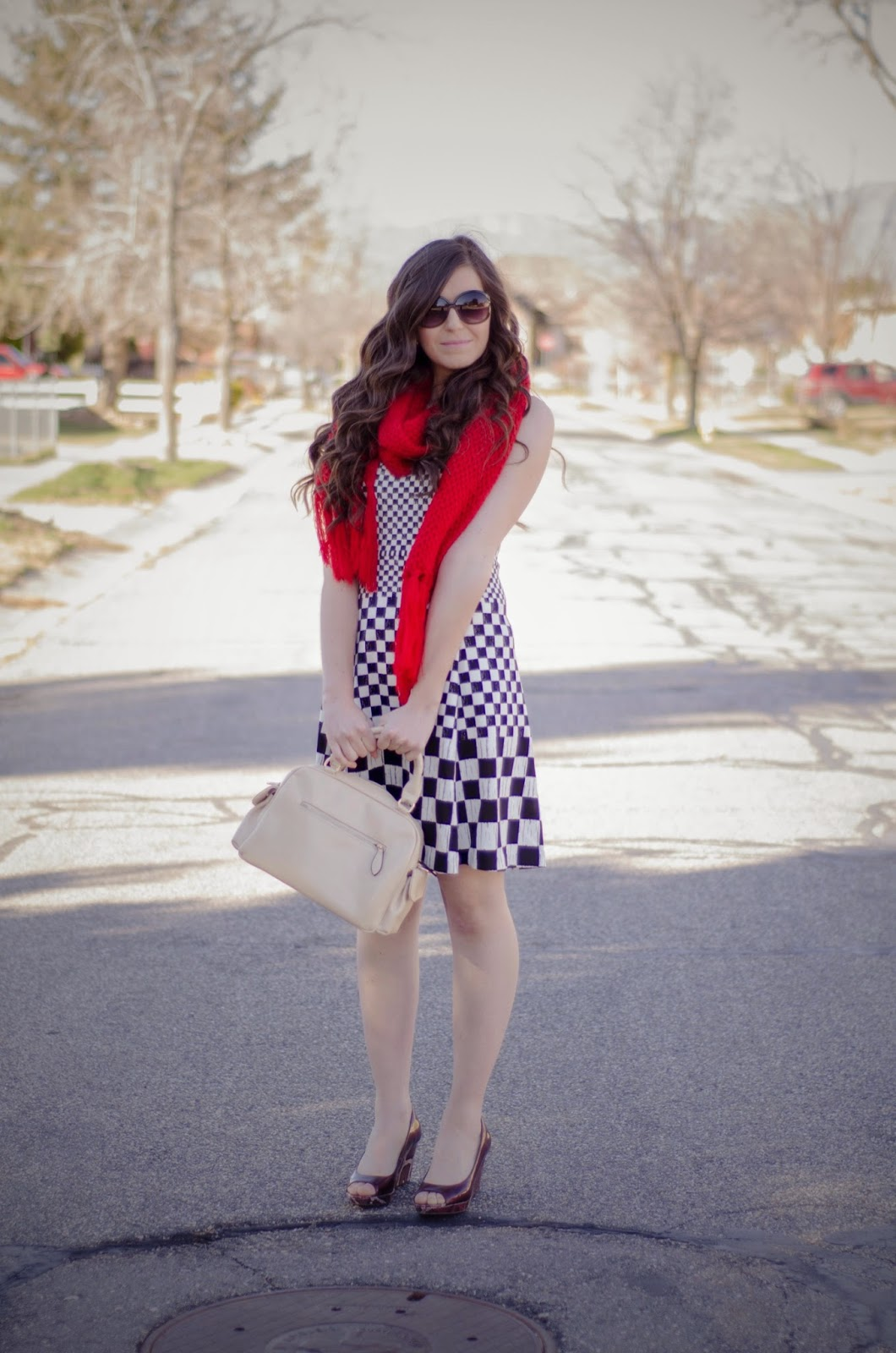 checkered dress, red scarf, pop of red, jcpenneys, jcp dress, jcpenneys dress, downeast basics, bag, purse, pretty, cute, summer vacation,