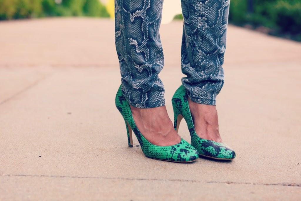 Blouse - Vince, Jeans - Michael Kors, Shoes - Steve Madden, Bag - Michael Kors, Tanvii.com