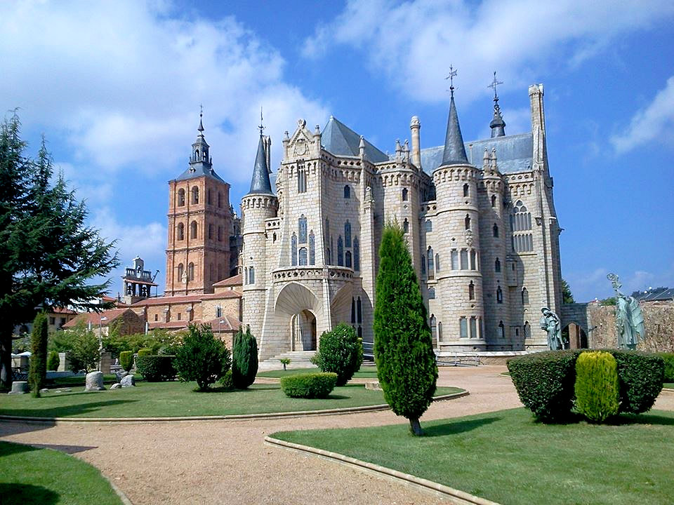 Gaudi's fairy-tale whimsical Bishop's Palace in Astorga. Photo: © Authentic Journeys. Unauthorized use is prohibited.