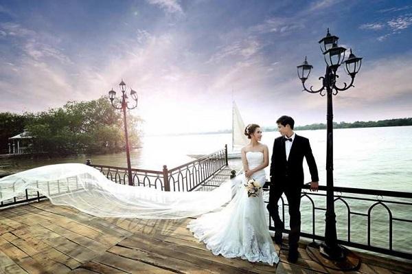 Phim trường chụp ảnh cưới độc lạ ở Sài Gòn
