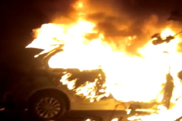 gurugram-news-property-dealer-burnt-alive-in-car-after-fire