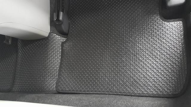 Thảm lót sàn ô tô Toyota Altis - Hàng 2